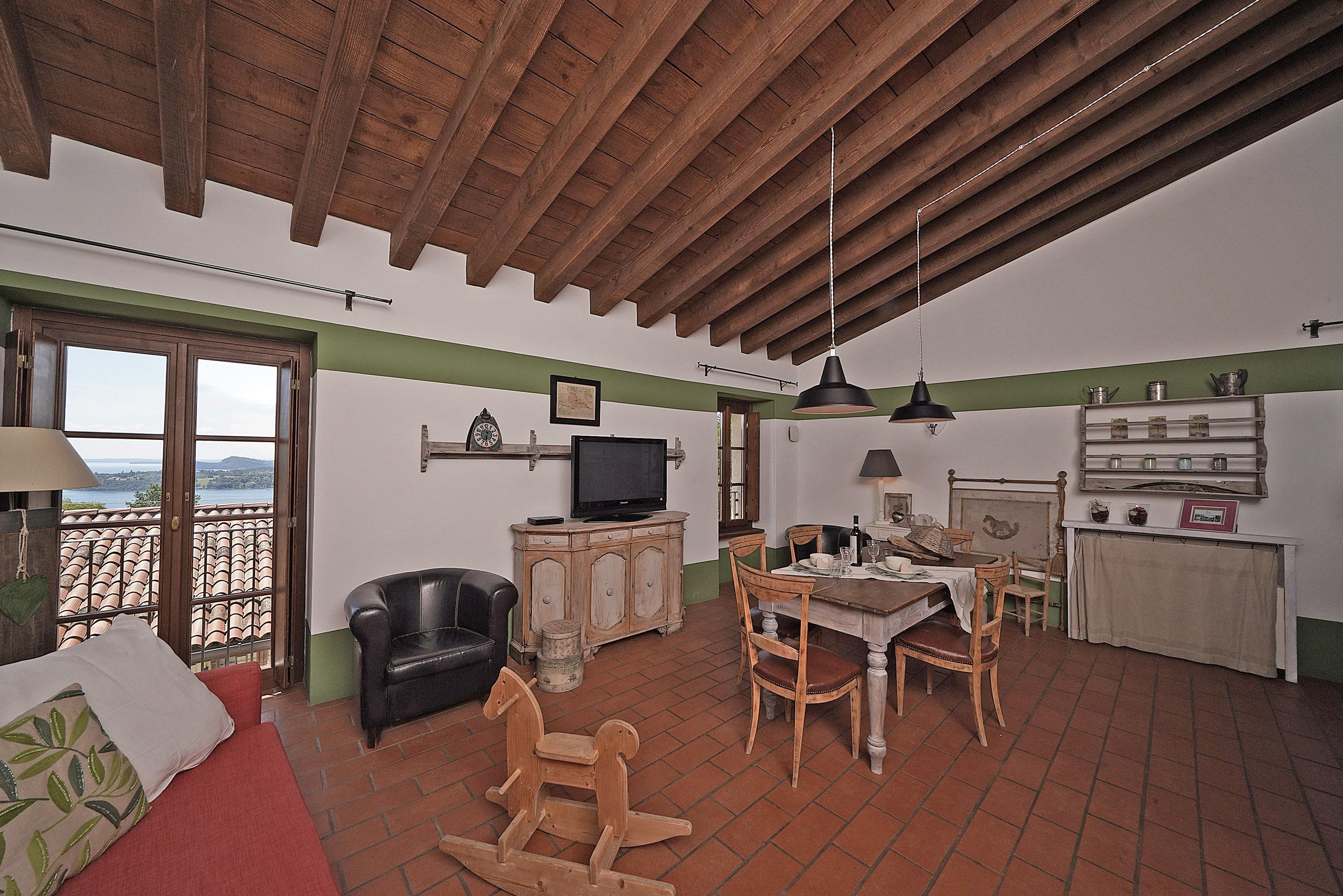 Appartamenti per vacanze Gardone Riviera Lago di Garda - Casale Premignaga lusso comfort natura